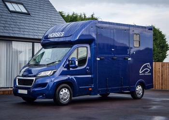 2015 hunter horseboxes 3.5