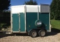 Horsetrailer, Carries 2 stalls - Hampshire