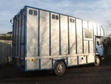 Horsebox, Carries 3 stalls R Reg - Kent