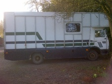 Horsebox, Carries 3 stalls G Reg - Worcestershire