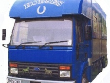Horsebox, Carries 4 stalls E Reg - Wiltshire