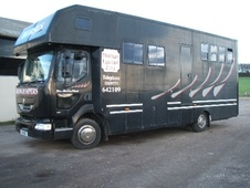 Horsebox, Carries 3 stalls V Reg with Living - Nottinghamshire