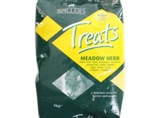 Bargain!!  Spillers Meadow Herb Treats - Reduced To Clear (Expiry...