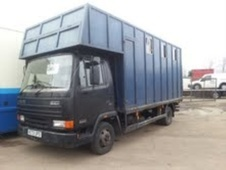 Horsebox, Carries 4 stalls M Reg - Northamptonshire