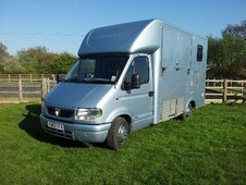 Horsebox, Carries 2 stalls 02 Reg - Essex
