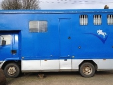 Horsebox, Carries 3 stalls R Reg with Living - Devon