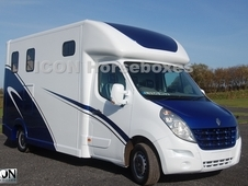 Brand New Build 3. 5tn Renault Master 60plate By Icon Horseboxes