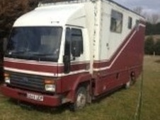 Horsebox, Carries 3 stalls D Reg - North Humberside