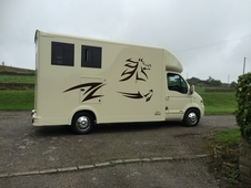 X Country Horseboxes