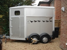 Horsetrailer, Carries 1 stall - Oxfordshire