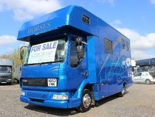 Horsebox, Carries 2 stalls 53 Reg with Living - Worcestershire