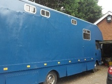 Horsebox, Carries 4 stalls C Reg with Living - Lancashire
