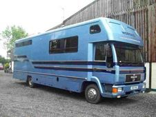 Horsebox, Carries 4 Stalls With Living - Worcestershire