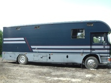 Horsebox, Carries 4 stalls J Reg - Essex