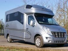 Horsebox, Carries 2 stalls - Hertfordshire