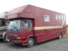 Compact Coach Built 10 Ton Daf 4 Stall + Living