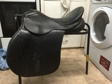 17' Black Albion Gp Saddle