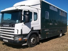 Horsebox, Carries 7 stalls S Reg - Nottinghamshire