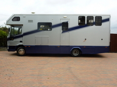 Lovely 7.5T Horsebox for sale