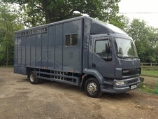 Horsebox, Carries 6 stalls 06 Reg - Surrey