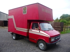 3. 5t Bedford Horse Box