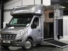 Horsebox, Carries 2 stalls 07 Reg with Living - North Yorkshire