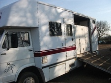 Horsebox, Carries 3 stalls H Reg - Somerset