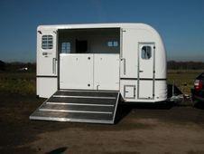 Horsebox, Carries 2 Stalls With Living - West Yorkshire