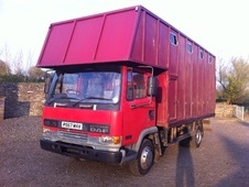 Horsebox, Carries 4 stalls P Reg - Wiltshire