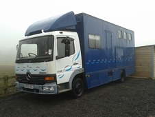 Mercedes 7. 49 tonne horsebox for sale