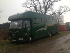 Horsebox, Carries 3 stalls S Reg - Fife