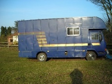 Horsebox, Carries 3 stalls M Reg - Shropshire