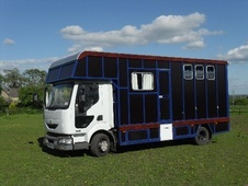 Horsebox, Carries 3 stalls 53 Reg - Wiltshire