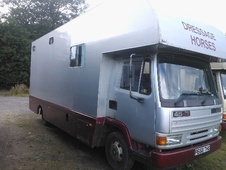 Horsebox, Carries 3 stalls P Reg - West Lothian