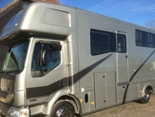 DAF LF 45 150 2005 3 horse box with day living