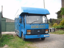 Ford Cargo Iveco Horse Box 7. 5 Ton