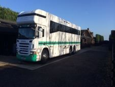 Horsebox, Carries 8 stalls with Living - Nottinghamshire