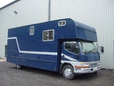 Horsebox, Carries 2 stalls X Reg with Living - West Yorkshire
