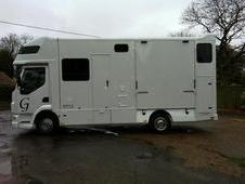 7. 5 ton rear facing pearlescent white horsebox