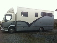 Horsebox, Carries 3 stalls 52 Reg - Lancashire