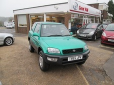 Toyota rav-4 4x4 Automatic Gx 3dr Low Miles Brand New . . . Horsham