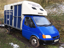 Ifor Williams 3. 5T Ford Transit Horsebox - Very low mileage
