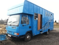 Horsebox, Carries 3 stalls M Reg - Lancashire