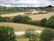 Idyllic Equestrian Yard To Rent