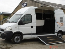 05 Vauxhall Movano 3. 5 T Horseboxes