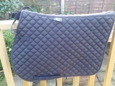 Saddle pad /numnah black large