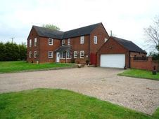 House for sale in Warwickshire