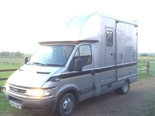 2006 IVECO TWO HORSE HORSEBOX LORRY 3. 5