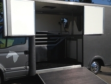 3. 5ton Horsebox Low Mileage