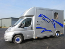 Select Professional by GP Horseboxes. 2014 63 Peugeot Boxer. Stal...